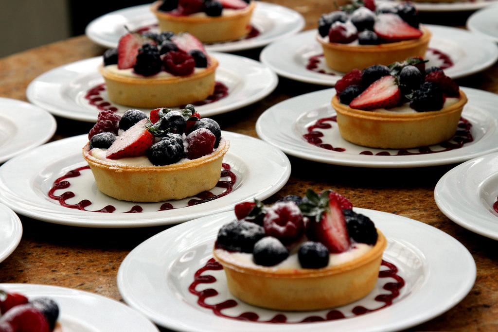 Dessert : Assorted Berries Tart