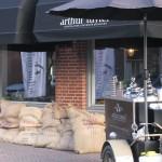 Opening winkel van Arthur Tuytel in Papendrecht