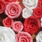 Snel en eenvoudig roosjes maken van marsepein of fondant